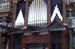 (Español) Órgano de la Sacra Capilla del Salvador